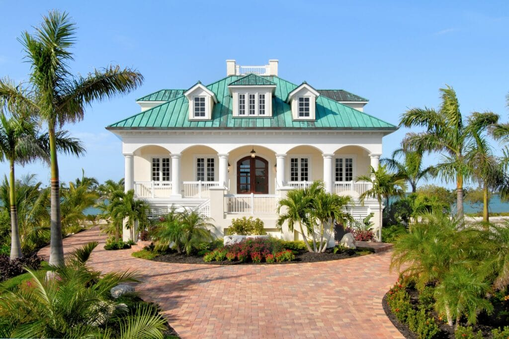 Why A Metal Roof Is Ideal On Roatan